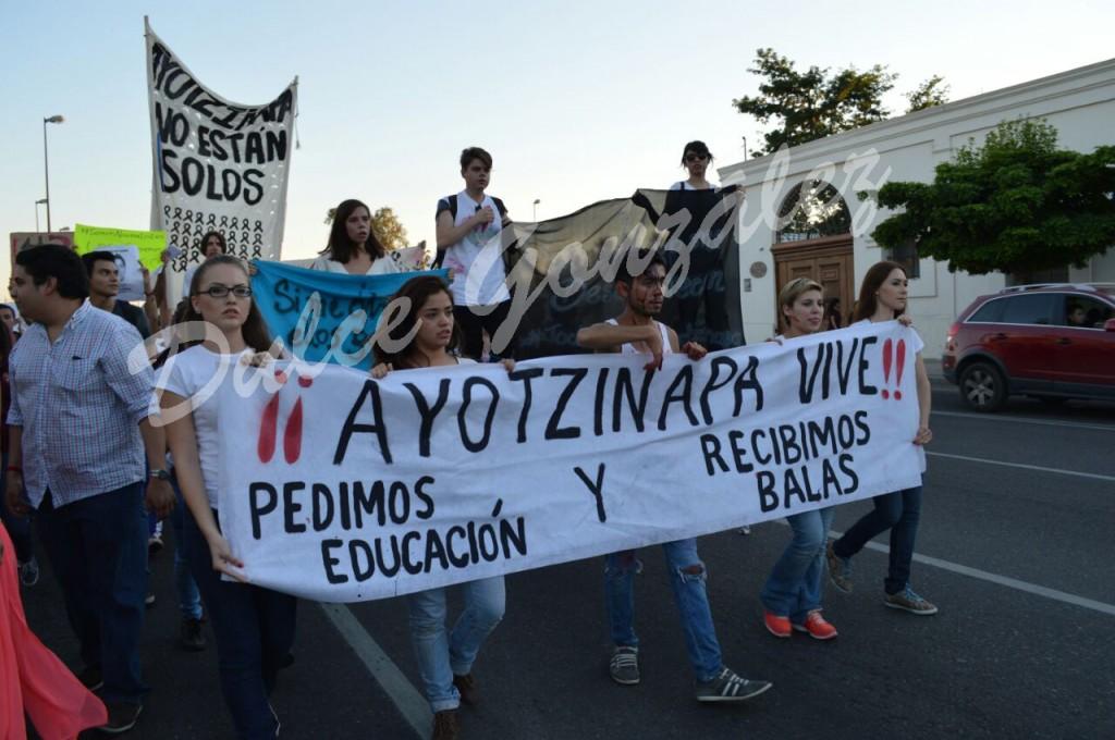 #TodosSomosAyotzinapa.