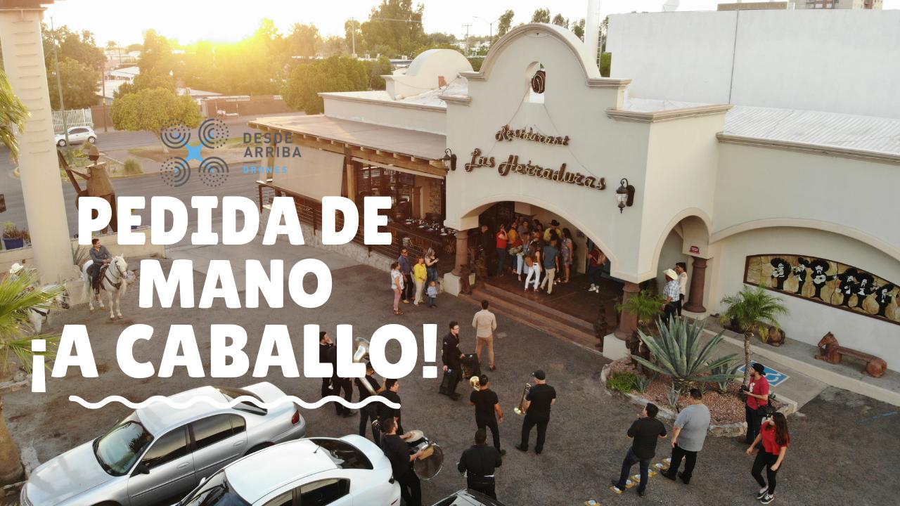 El novio nos contó su plan y le ayudamos a grabar este emotivo momento ¡Muchas felicidades! 🤵🏽👰🏼 #DesdeArribaDrones #Sonora